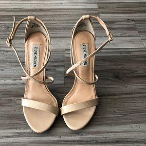 Steve Madden nude patent high heels